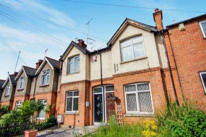 2 Bedrooms Maisonette Flat for sale in Brunswick Park Road, New Southgate, London, .