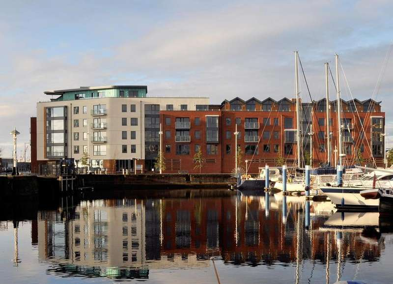 2 Bedrooms Apartment Flat for sale in Freedom Quay, Hull, East Riding of Yorkshire, HU1 2BE