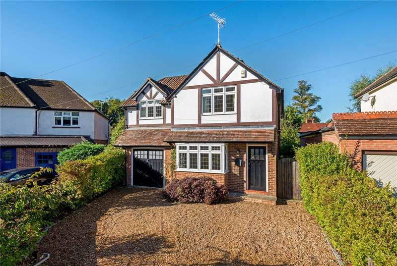 4 Bedrooms Detached House for sale in Poplar Avenue, Windlesham, Surrey, GU20