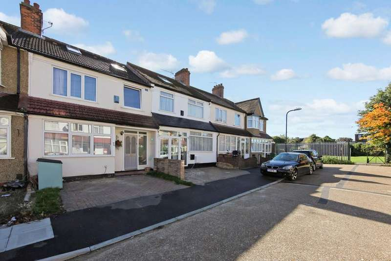 5 Bedrooms Terraced House for sale in Robinhood Close, Mitcham CR4