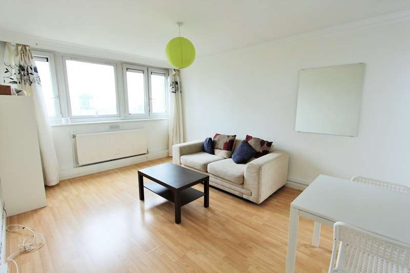 2 Bedrooms Flat for sale in Goswell Road, London, London, EC1V