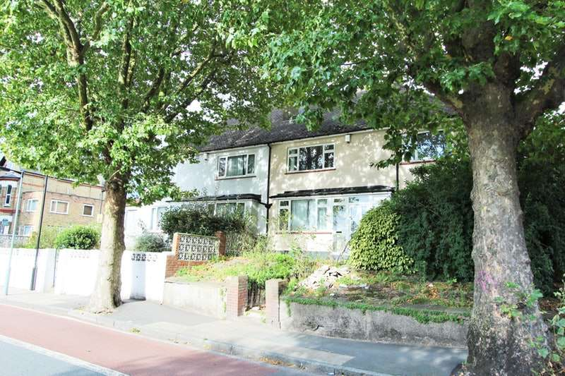 4 Bedrooms Semi Detached House for sale in Lordship Lane, London, London, SE22