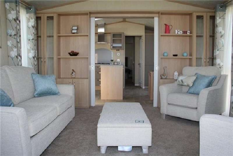 2 Bedrooms Park Home Mobile Home for sale in Allhallows, Rochester, Kent. ME3 9QD