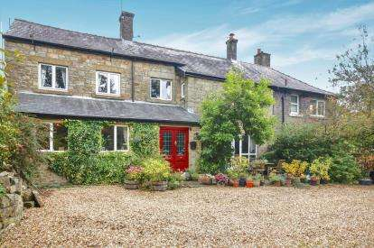 4 Bedrooms Semi Detached House for sale in Park Road, Buxton, Derbyshire, High Peak