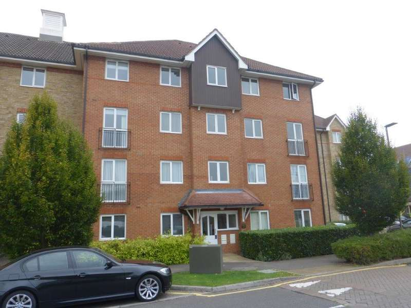 2 Bedrooms Flat for sale in Sommers Court, Crane Mead, Ware, Herts, SG12 9FQ
