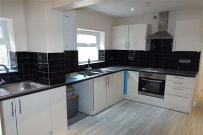 8 Bedrooms House for rent in Rigby Road, Portswood