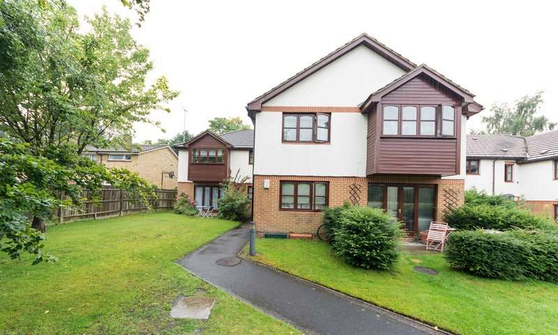 1 Bedroom Flat for sale in Cherbury close, Bracknell,Berkshire, Berkshire, RG12