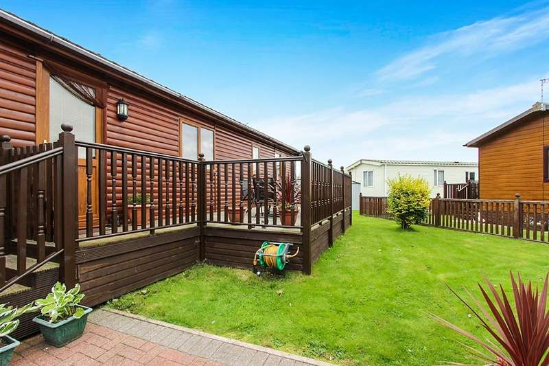 2 Bedrooms Bungalow for sale in Dove Court Willow Grove Park, Preesall, Poulton-Le-Fylde, FY6