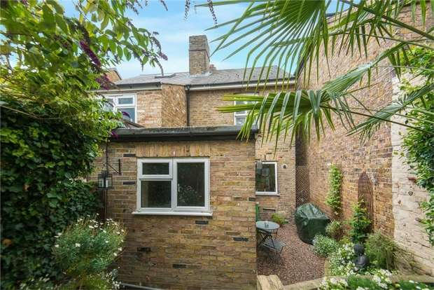 2 Bedrooms Semi Detached House for sale in 86 High Street, IVER, Buckinghamshire