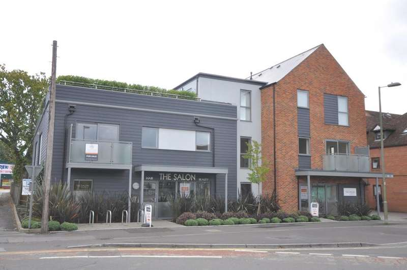 2 Bedrooms Apartment Flat for sale in Ringwood, BH24 1JD