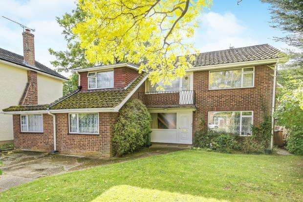 6 Bedrooms Detached House for sale in Guildford, Surrey