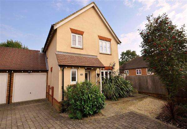 3 Bedrooms Link Detached House for sale in Great Chart, TN23