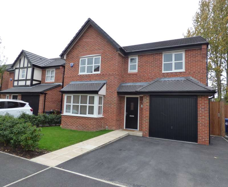 4 Bedrooms Detached House for sale in Raisbeck Road, Offerton, Stockport