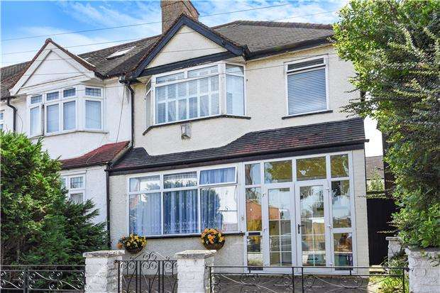 3 Bedrooms Semi Detached House for sale in Tisbury Road, London, SW16