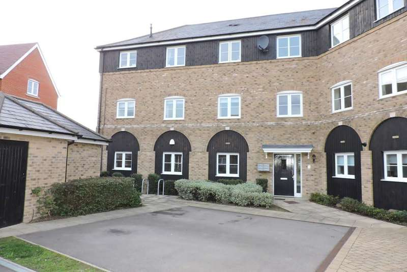 2 Bedrooms Flat for sale in Bluewater Quay, Wixams, Bedfordshire, MK42 6BF