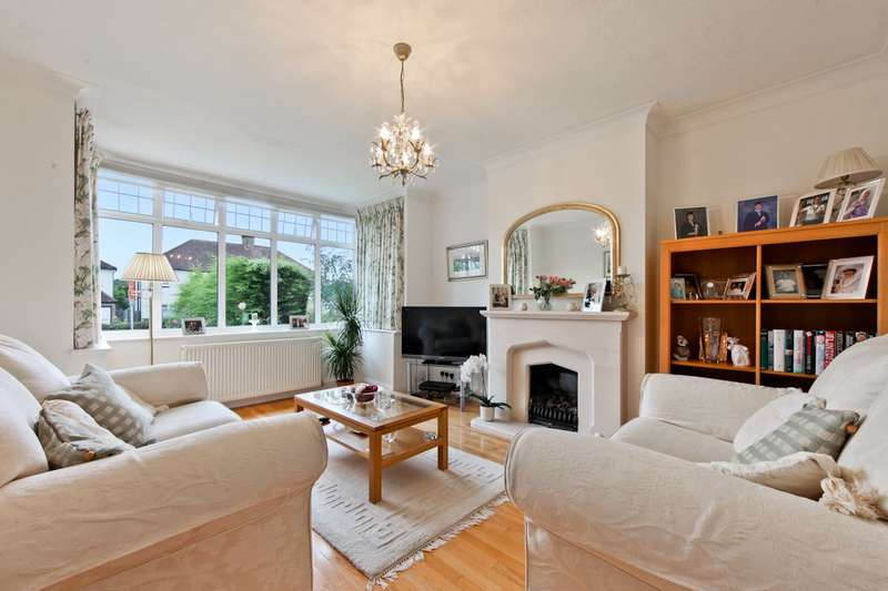 3 Bedrooms Semi Detached House for sale in Goodhart Way, West Wickham, BR4