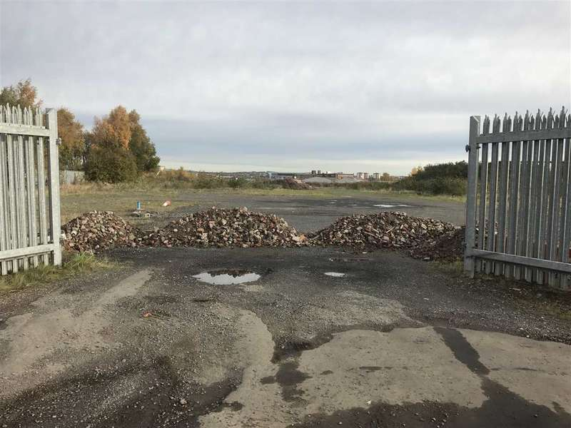 Land Commercial for rent in Southcroft Road, Glasgow