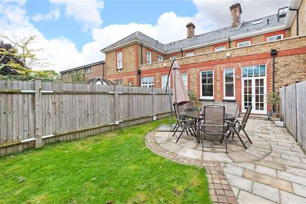 3 Bedrooms Terraced House for sale in Denmark Hill, Herne Hill