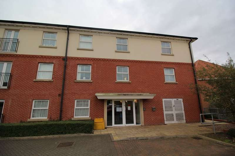 2 Bedrooms Flat for sale in Olsen Rise, Lincoln, LN2