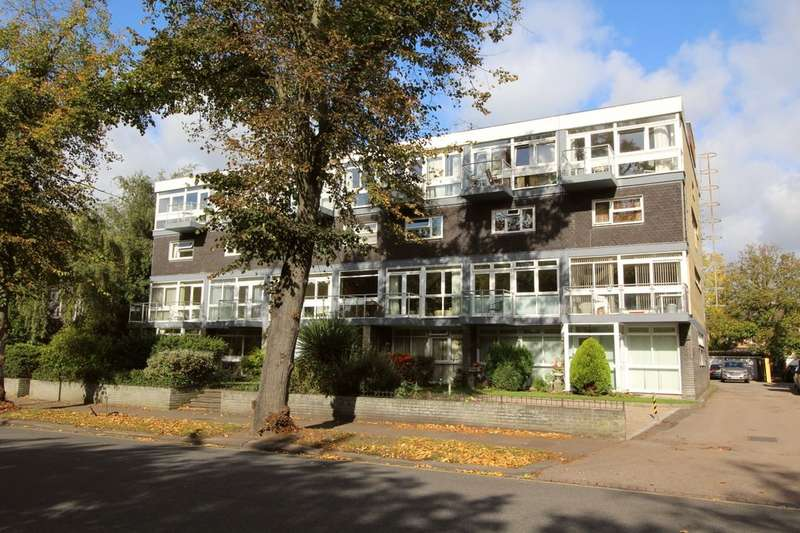 2 Bedrooms Flat for sale in Broad Reach The Embankment, Bedford, MK40