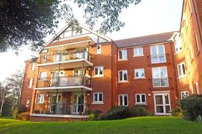 2 Bedrooms Property for sale in Polsham Park, Paignton