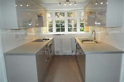 2 Bedrooms Maisonette Flat for rent in Minster Court, Sherwood, NG5 2BQ