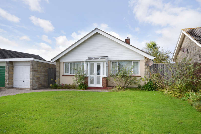 2 Bedrooms Detached Bungalow for sale in Carisbrooke, Isle Of Wight