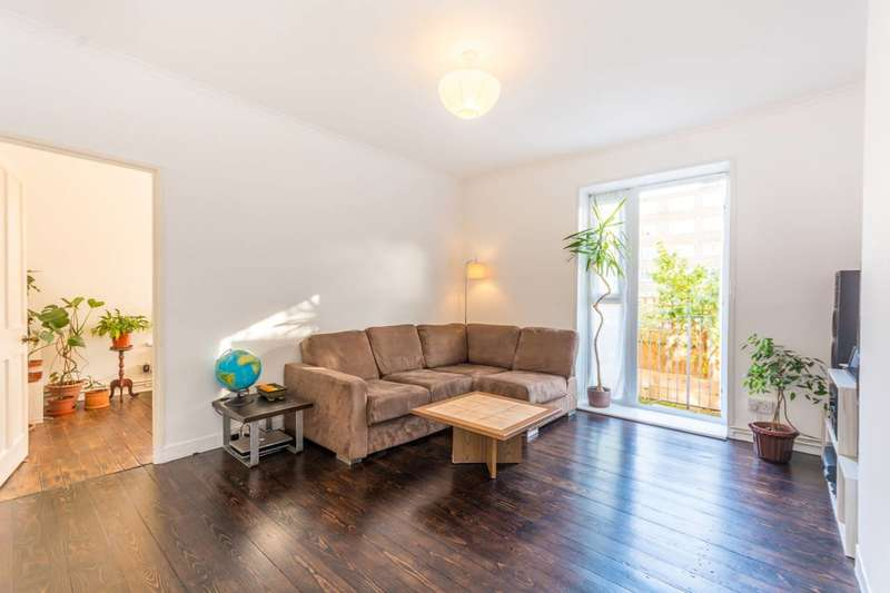 4 Bedrooms Flat for sale in Upper Clapton Road, Clapton, E5
