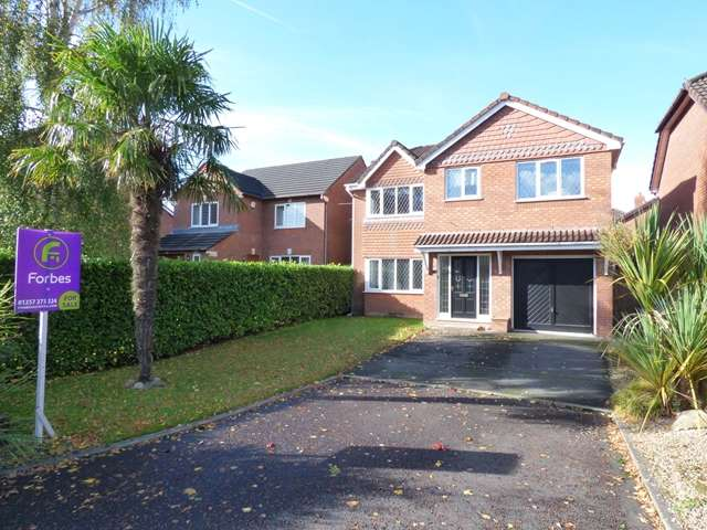 4 Bedrooms Detached House for sale in Orchard Drive, Whittle-le-Woods, PR6