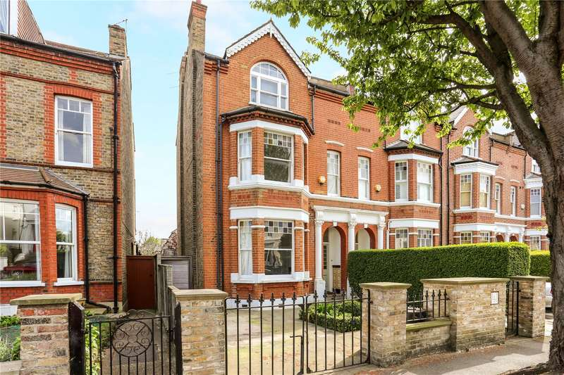 4 Bedrooms Semi Detached House for sale in The Park, Ealing, W5
