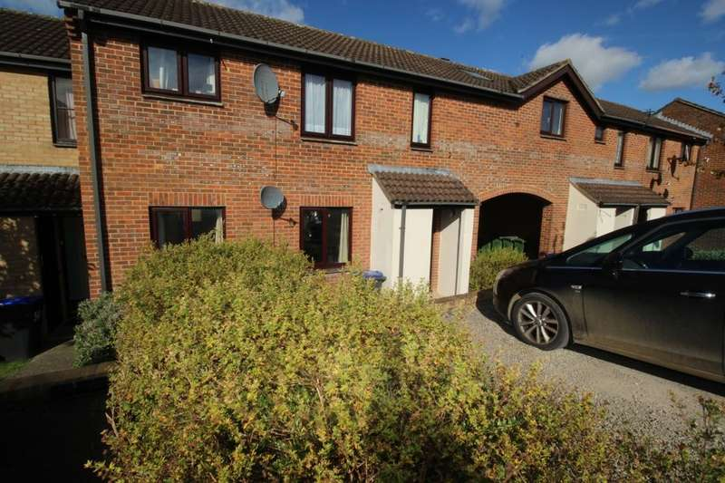1 Bedroom Flat for sale in Highgrove Close, Calne, SN11
