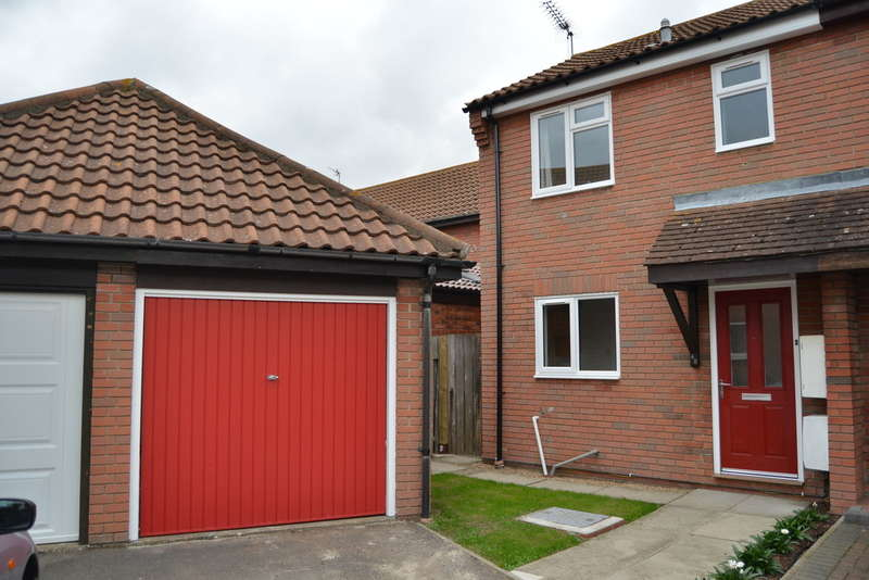 2 Bedrooms Semi Detached House for sale in Falklands Road, Burnham-on-Crouch