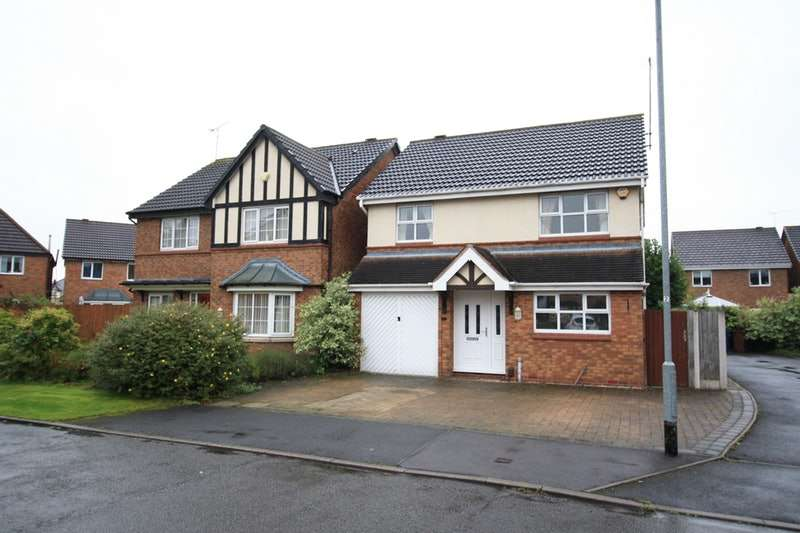4 Bedrooms Detached House for sale in Rhein Way, Stafford, Staffordshire, ST17