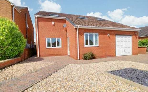 4 Bedrooms Detached House for sale in Nicolson Drive, Barton-upon-Humber, Lincolnshire