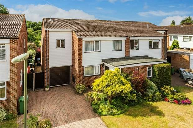4 Bedrooms Semi Detached House for sale in Conyers Close, Hersham, WALTON-ON-THAMES, Surrey