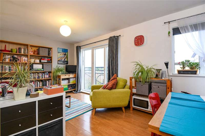 1 Bedroom Apartment Flat for sale in Bruce House, Sovereign Place, Harrow, Middlesex, HA1