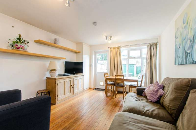 4 Bedrooms House for sale in Melbourne Mews, Oval, SW9