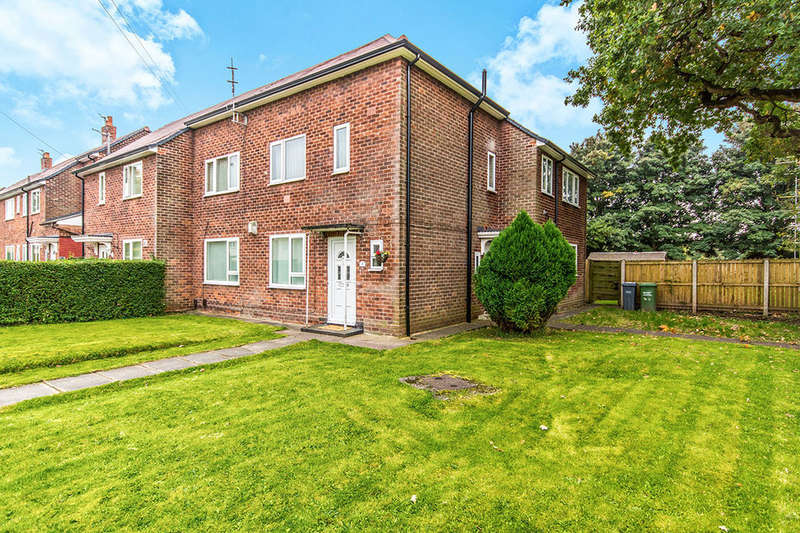 2 Bedrooms Flat for sale in Maismore Road, Manchester, M22