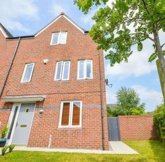 4 Bedrooms Town House for sale in Maynard Road, Altrincham, Greater Manchester, .