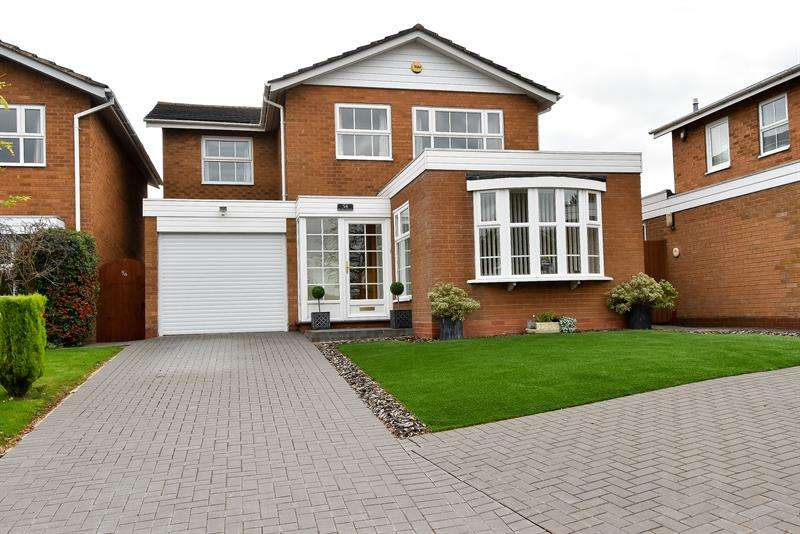 4 Bedrooms Detached House for sale in Teazel Avenue, Bournville, Birmingham