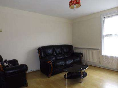 2 Bedrooms Flat for sale in Methley House, Andover Road, London