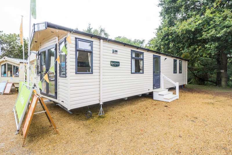 2 Bedrooms Mobile Home for sale in Wild Duck, Belton, Great Yarmouth