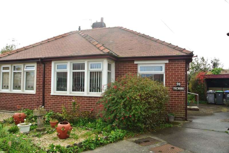 2 Bedrooms Bungalow for sale in Nateby Avenue, Blackpool, FY4 3QY