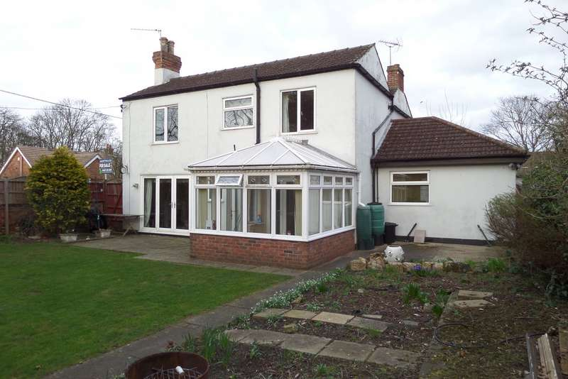 4 Bedrooms Detached House for sale in Mill Lane , Morton DN21