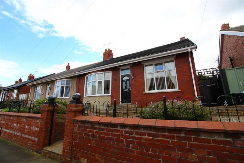 4 Bedrooms Semi Detached House for sale in Highbury Place, North Shields