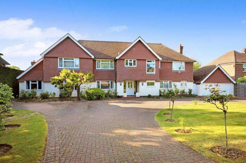 6 Bedrooms Detached House for sale in SOUTH CHEAM
