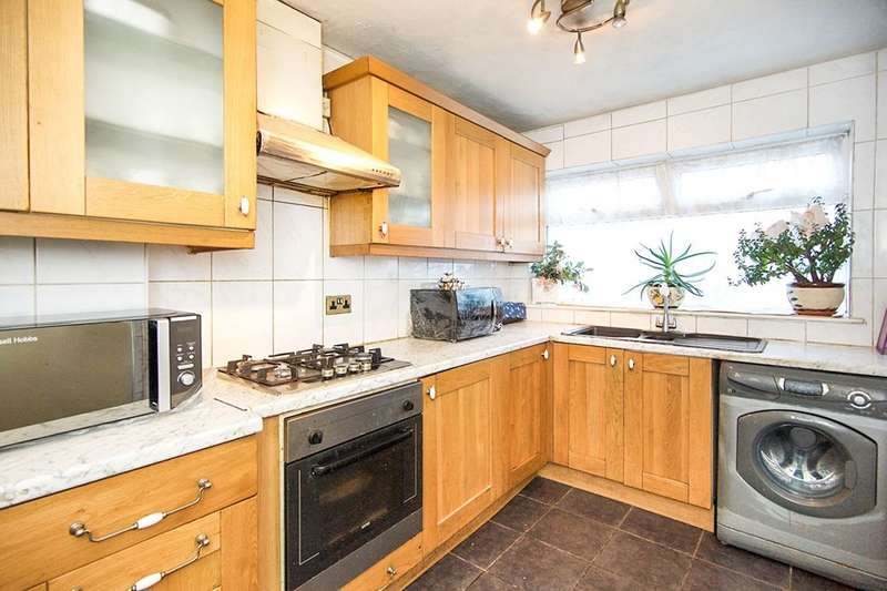 2 Bedrooms Flat for sale in Point Terrace Claremont Road, London, E7