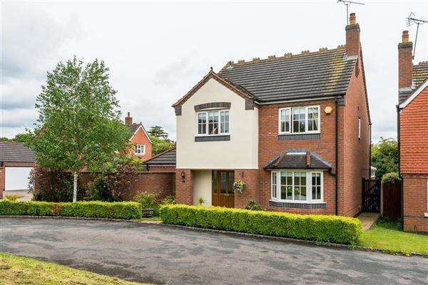 4 Bedrooms Detached House for sale in Church Close, Dunston