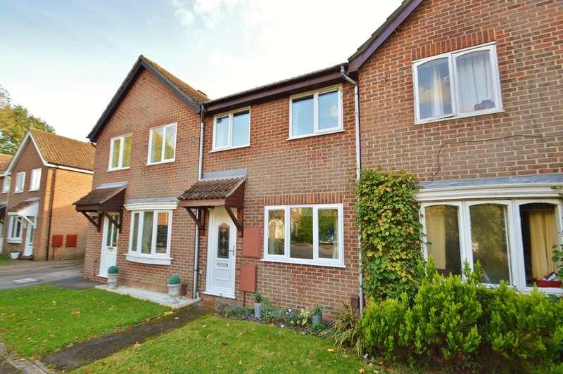 2 Bedrooms Terraced House for sale in Locks Heath
