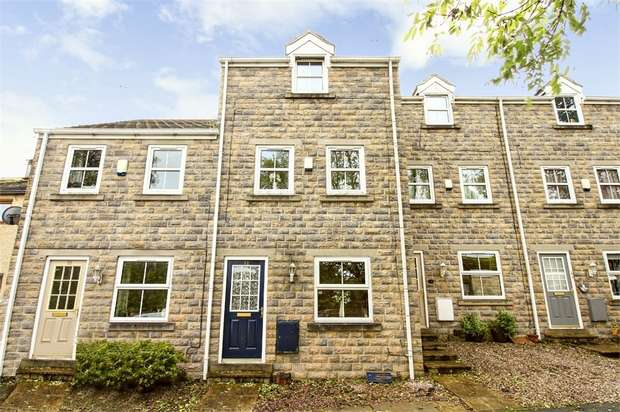 4 Bedrooms Terraced House for sale in Tenter Hill, Clayton, Bradford, West Yorkshire